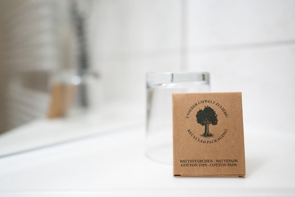 Wattestäbchen Verpackung - Recycling | Hotel Adler