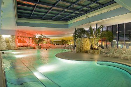 Schwimmbereich im Jordanbad | Blogbeitrag | Hotel Adler
